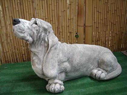 Skulptur Basset Hund, aus Steinguss Hunde
