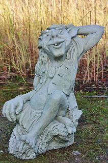 """Steinfigur Blütentroll """" Pixi Bluebelly """", Fantasyfigur aus Steinguss"""