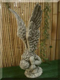 Steinfigur Engel Rachel (klein) aus Steinguss
