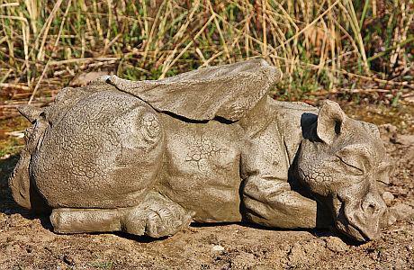 Steinfiguren Drache Snoozy DSL England von Fiona Jane Scott