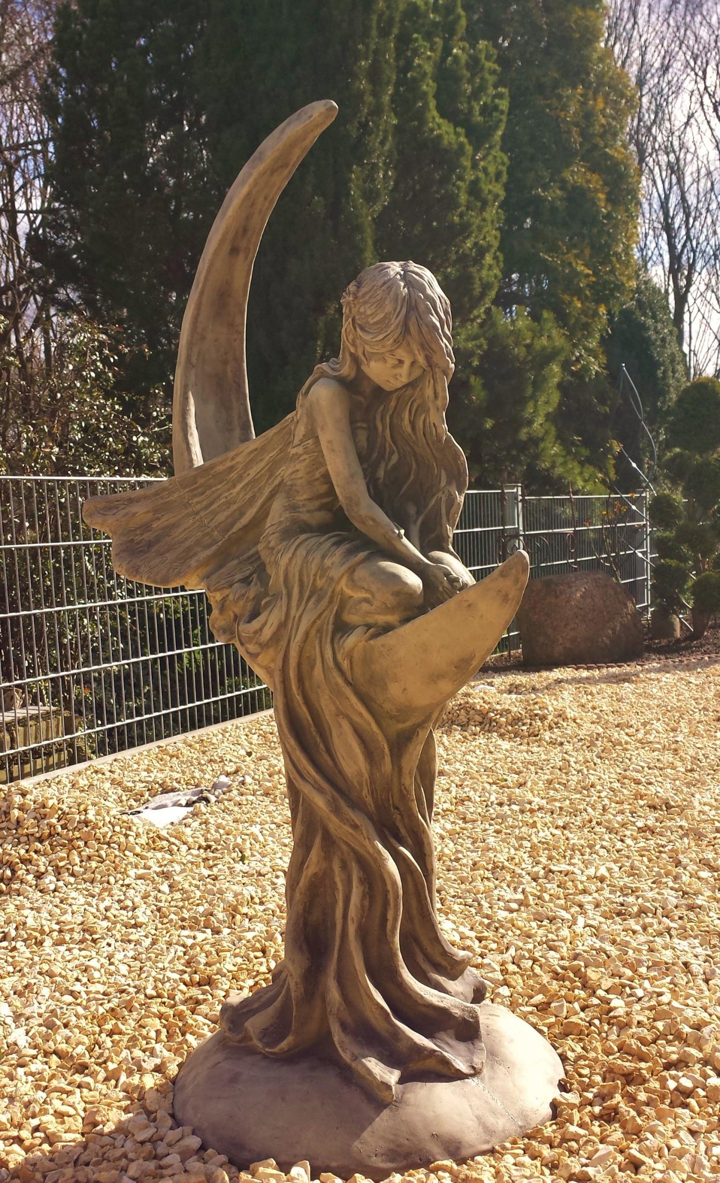 Steinfigur Elfe Fee Vanilleblume