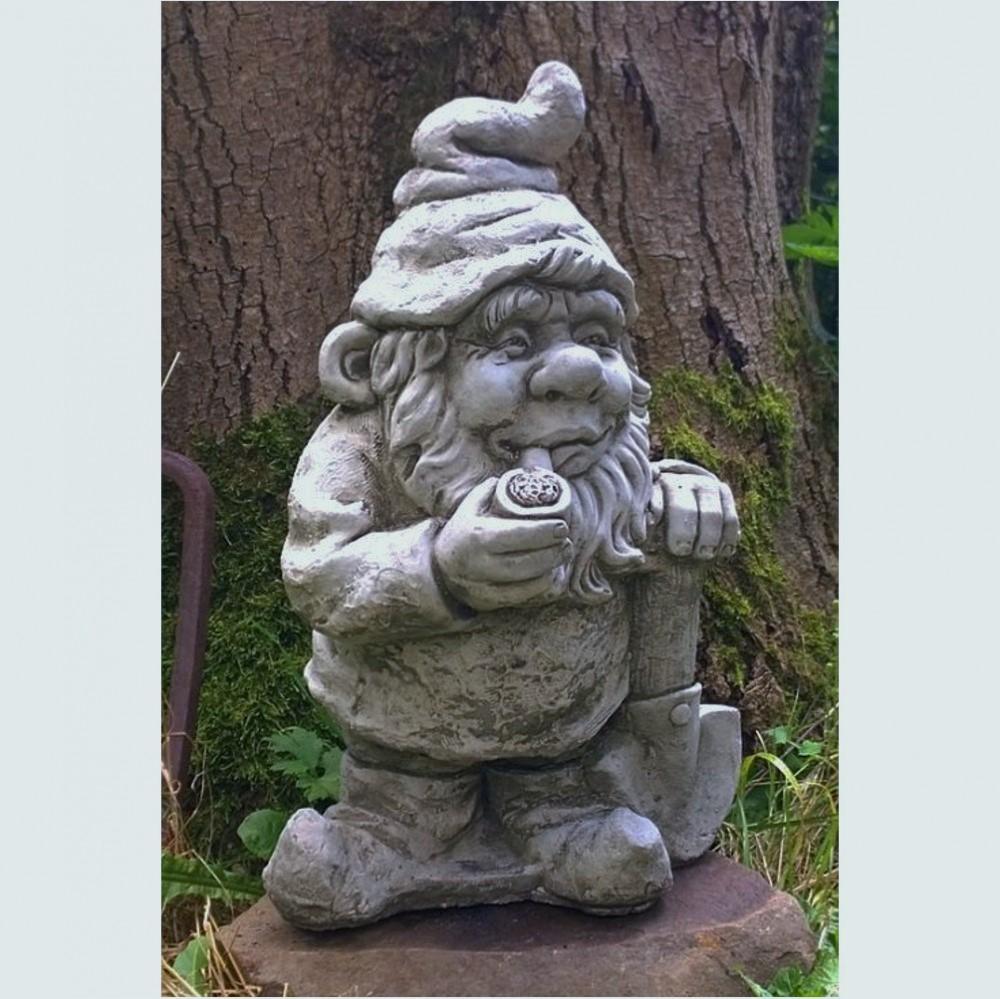 Steinfigur Gnom mit Spaten, aus aus aus Steinguss 8a2c7b