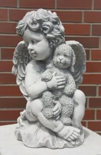 ENGEL mit TEDDY aus STEINGUSS FLÜGEL STEINFIGUR GARTENDEKO FROSTFEST NEU PO-617