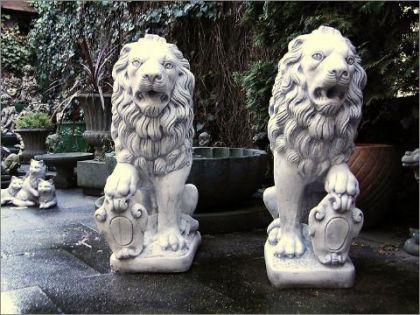 Löwen SET Steinguss Haus /& Garten