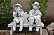 Oma & Opa auf Bank , sitzend für Garten & Balkon