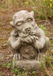 Steinfigur Shield Gargoyle, Torwächter, Figur aus Steinguss, Devonshire, DSL, Schild Gargoyle, Schildgargoyle