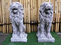 Steinfigur 2 Löwen Anthrazit aus Steinguss frostfest massiv Löwe