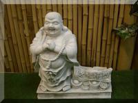 Steinfigur Buddha mit Spruchband aus Steinguss