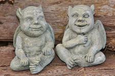 Steinfigur Dämonen Set, Zwei Figuren, Dekoration für Garten & Terrasse
