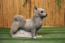 Steinfiguren Hund, Tierfigur aus Steinguss, Chihuahua, Hunde