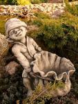 Wichtel zum Bepflanzen, Fantasyfigur aus Steinguss