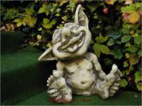 Steinfigur Baby Troll Justus, Figur aus Steinguss