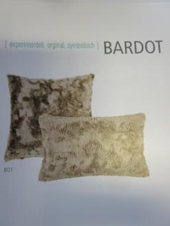 Sofakissen Fellkissen (Imitat) Bardot Kuschelkissen Uni 30x50 cm Farbe nougat (beige) von Pad