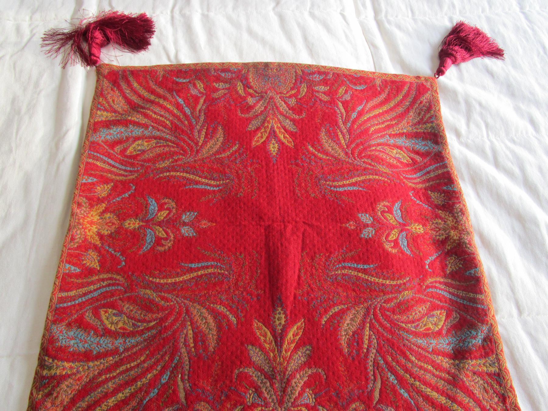 Kissenhülle orientalisches Deko fürs Sofa in der Größe