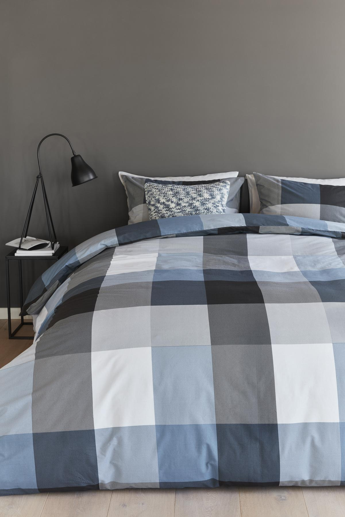 baumwoll bettw sche 135x200 clarck bluegrey beddinghouse 100 baumwolle kaufen bei betten. Black Bedroom Furniture Sets. Home Design Ideas