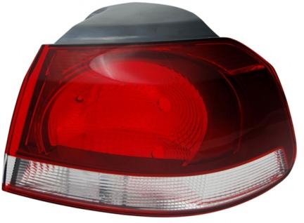 Rückleuchte / Heckleuchte Aussen schwarz smoke rechts TYC für VW Golf VI 08-