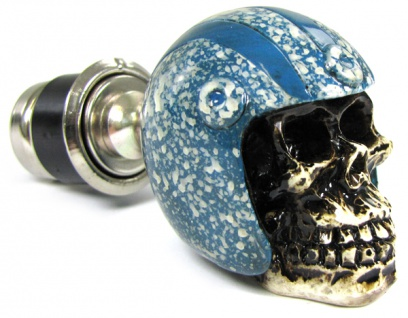 Zigaretten Anzünder Totenkopf Skull mit Helm blau