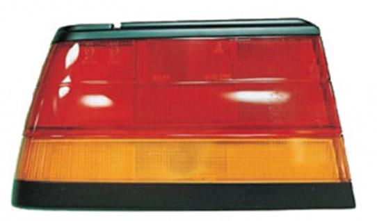 Rückleuchte / Heckleuchte rechts TYC für Nissan Sunny II Limousine 86-88
