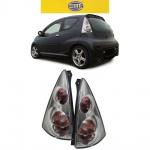 Hella Rückleuchten Klarglas chrom für Citroen C1 05-13 Peugeot 107 05-14