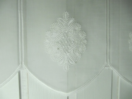 Scheibengardine Natur Creme bestickt 45 cm H/ Br. ab 1 Meter