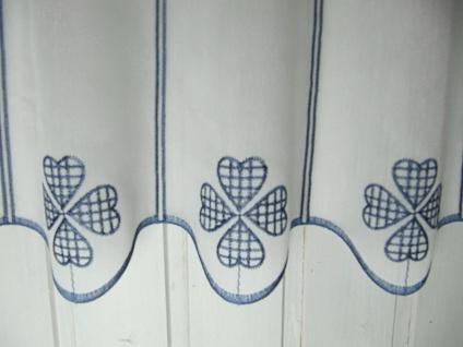 Scheibengardine Weiß Blau Landhaus Kleeblatt 45 cm H oder 60 cm H/ Br. ab 1 Meter