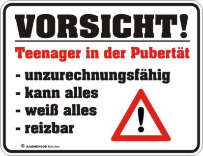 Warnschild - Teenager in der Pubertät