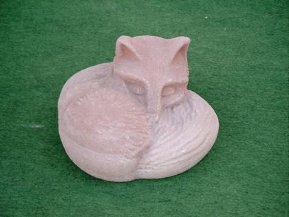 Gartenfigur Fuchs aus Graphikstein