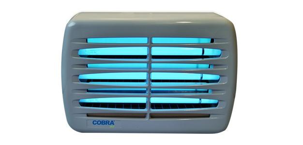Genus® Cobra Jet Insektenvernichter IP45 mit 3 x 15 Watt Splitterschutzlampen - Vorschau