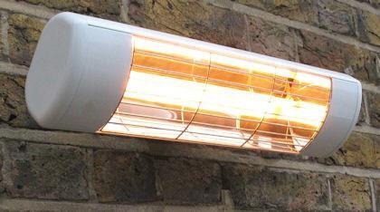 Heatlight Heizstrahler weiss mit Infrarottechnologie für den Außenbereich 1500W