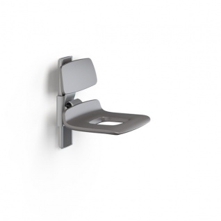 Pressalit manuell regelbarer Duschstuhl mit Pflegeöffnung und Rückenlehne