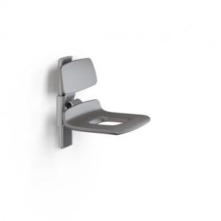 Pressalit manuell einstellbarer Duschsitz mit Rückenlehne und Pflegeöffnung
