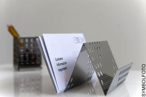 Graepel G-Line Pro Quadrotto Zettelhalter aus Stahl schwarz lackiert