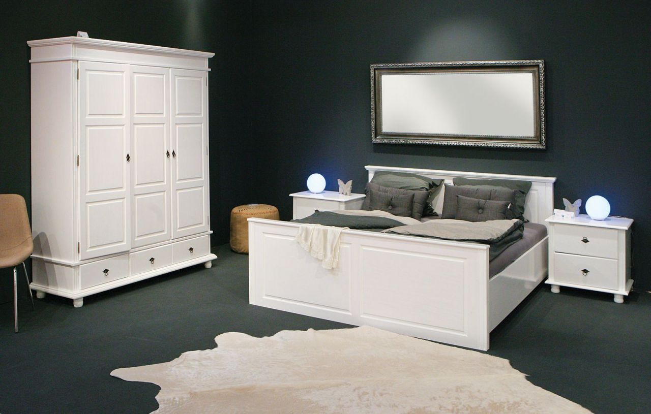 schrank kleiderschrank 3 t rig landhausstil massivholz wei holzmaserung sichtbar l dank 3. Black Bedroom Furniture Sets. Home Design Ideas
