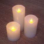 LED Kerzenset 3er flammenlose Echtwachskerzen warmweiß Batteriebetrieb DK49061