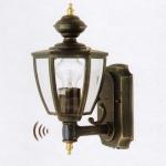 Alu Außenwandleuchte ARRAN schwarz /gold Dämmerungssensor + Bwm 1551-PIR6C Lutec