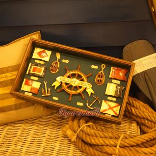 Vitrine Modell Seefahrt Maritim Deko Dekoration Steuerrad