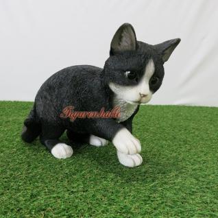 Grau schwarz weiß Katze gestromt als Figur Kaufen