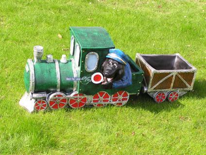 Maulwurf mit Lokomotive / Eisenbahn Gartenfigur - Vorschau 1