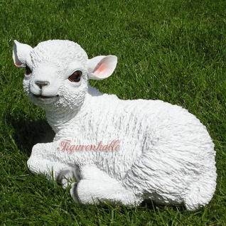 Süßes Lämmchen Schaf als Dekofigur für Haus und Garten