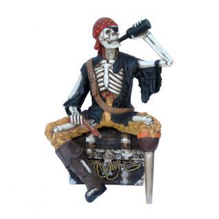 Pirat Seeräuber Skelett Figur Schatztruhe Dekofigur Statue lebensgröße Freibeuter