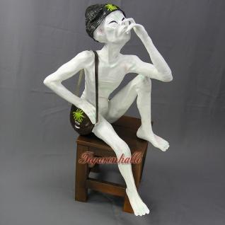 Alien Dekofigur rauchender Außerirdischer Figur Statue Skulptur
