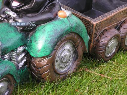 Maulwurf auf Traktor als Gartenfigur - Vorschau 2