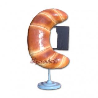 Croissant Brötchen Werbefigur Werbeaufsteller