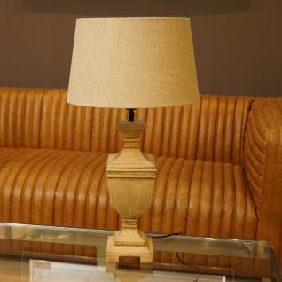 Tischlampe in mediterranem Design als Nachttischlampe