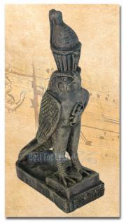 Ägyptischer Horus-Falke als Figur