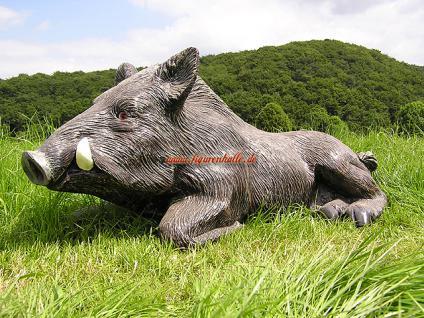 Wildschwein als Dekofigur für Haus und Garten