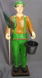 Werbefigur Walsarbeiter Gärtner grüne Latzhose Figur Werbung Statue