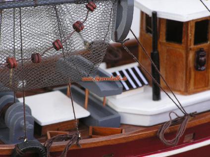 Modell Deutscher Fischkutter Cux87 rot Modellschiff Maritim Deko - Vorschau 4