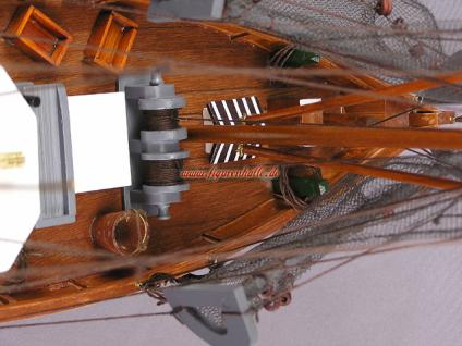 Modell Deutscher Fischkutter Cux87 rot Modellschiff Maritim Deko - Vorschau 3