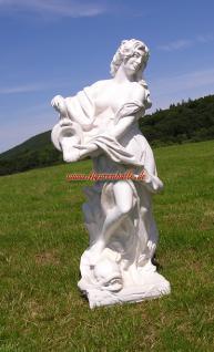 Frau Nackt Gartenfigur Skulptur Statue weiß Deko Garten Schloss